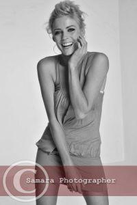 kate-braithwaite-model-hats-pretty-laughing-smiling-beautiful-blonde-blond-short-small-dress-long-legs-fit-body-dancer-actress-model
